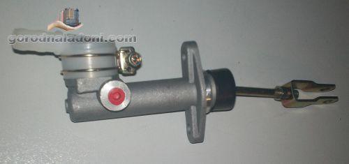 Главный цилиндр сцепления Nissan Cabstar / Trade
