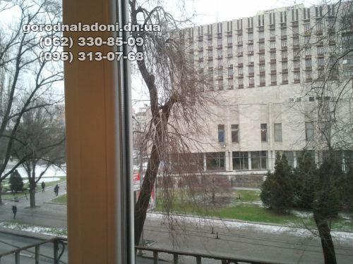 Продам 4кквартиру- сталинку в центре Ворошиловского района