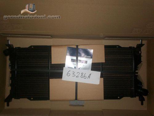 Радиатор  Opel Corsa B 1,5 / 1,7 D