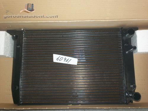 Радиатор Audi 80